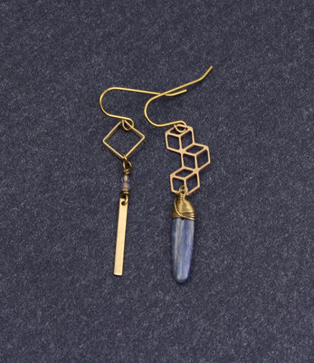 Mismatched stick earrings with kyanite