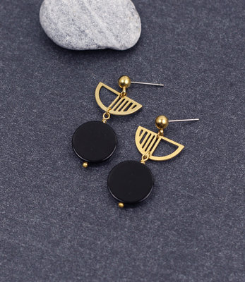 Black moon golden semicircle earrings posts