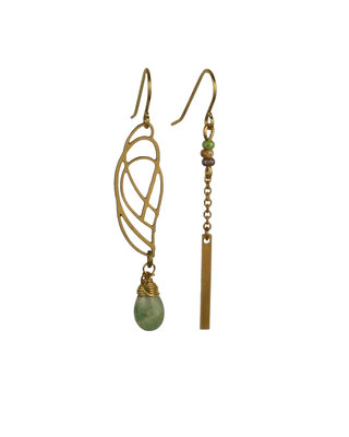 Golden green asymmetric graphic earrings