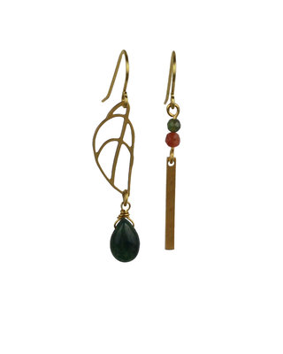 Golden green asymmetric drops earrings