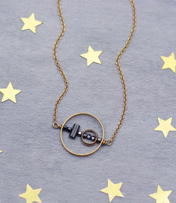 Geometric circles balance short necklace