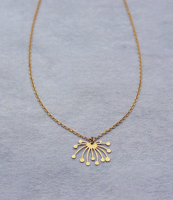 Lotus short necklace