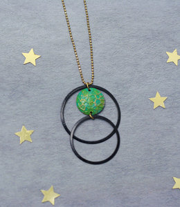 Black circles necklace